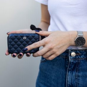QUILTED LADY CASE navy blue