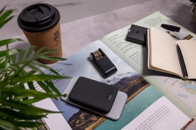 POCKET DOCK wireless charger