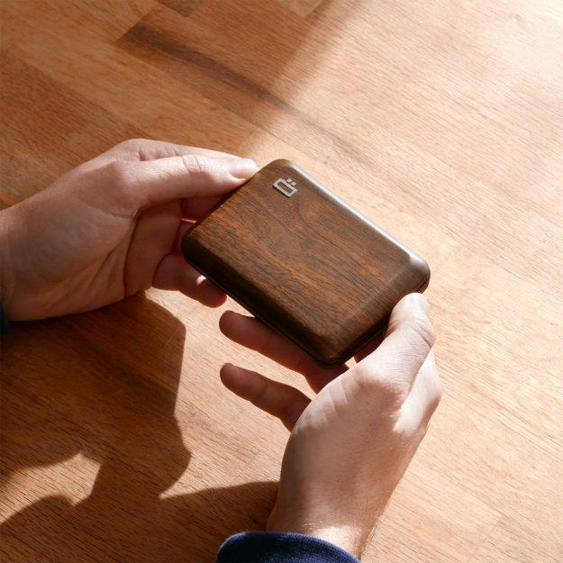 STOCKHOLM SMART CASE V2 sequoia style aluminium